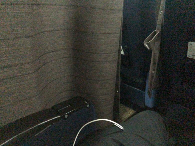2列席のカーテン