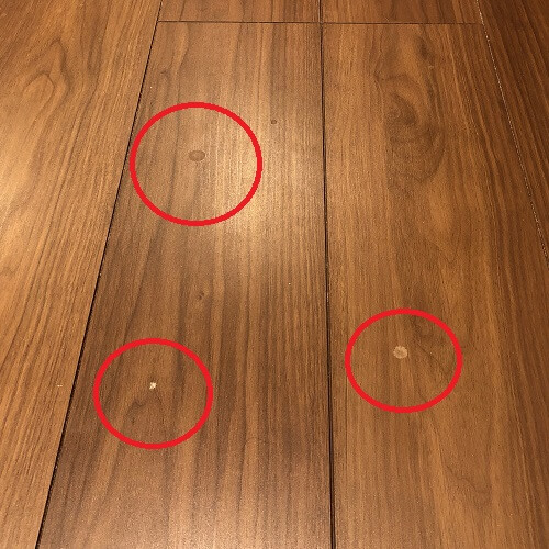 m6掃除前の床の汚れ