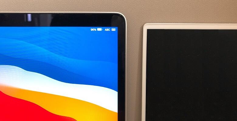 XPS13 2in1とMacBookProのベゼル幅比較