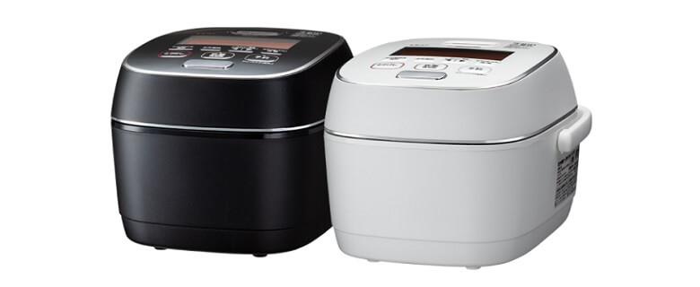 白と黒の2色から展開されるNW-PS10のカラーバリエーション
