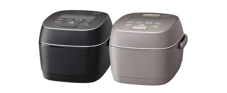 黒とくるみ色の2色から展開されるNW-PT10のカラーバリエーション